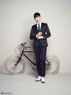 Here are 25 new pictures of Kim Soo Hyun looking adorable (Dramafever)