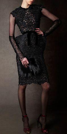 First Look: Tom Ford Autumn/Winter 2011 Womenswear Collection Images (HQ) Marchesa, Elie Saab, Fru Fru, High Fashion, Womens Fashion, Valentino, Glamour, Tom Ford, Passion For Fashion