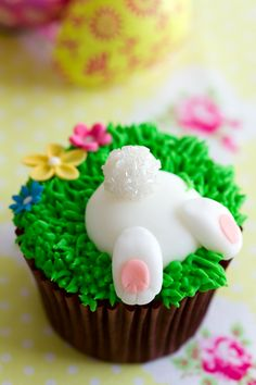 Easter Bunny Cupcake Tutorial