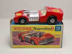 MATCHBOX SUPERFAST ROAD DRAGSTER #19 RED LESNEY #Matchbox
