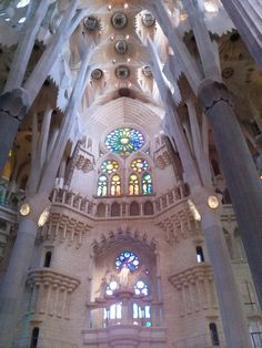 Detalle interior Sagrada Familia de Gaudi, Barcelona -España