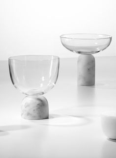 On The Rock Champagne Coupe combines delicate lead crystal with solid Carrara marble to form a glassware collection for the modern table.