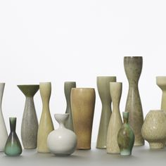 Carl-Harry Stalhane / collection of seventeen vases < Scandinavian Design, 8 May 2014 < Auctions Slab Pottery, Ceramic Pottery, Pottery Art, Porcelain Ceramics, Ceramic Bowls, Sculpture Clay, Ceramic Sculptures, Wheel Thrown Pottery, Vase Shapes