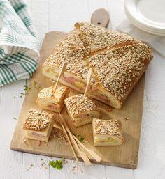 Brot mit Käse-Schinkenfüllung | http://eatsmarter.de/rezepte/brot-mit-kaese-schinkenfuellung