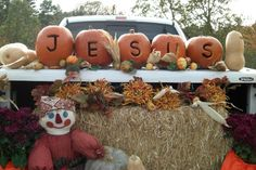 Trunk or treat idea! - I love Trunk or Treat at Bro. John Reading's church in Greenfield!
