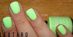 neon pastel green nails