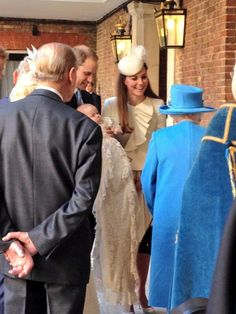 Prince George and family arrive for christening, October 23, 2013.