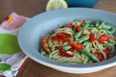 Fresh Recipes | Pesto Avocado Pasta