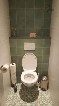 Excite Your Visitors with These 14 Charming Half-Bathroom Layouts Toilet Tiles, Toilet Sink, New Toilet, Guest Bathrooms, Small Bathroom, Bathroom Layout, Bathroom Interior, Small Toilet Room, Wc Design