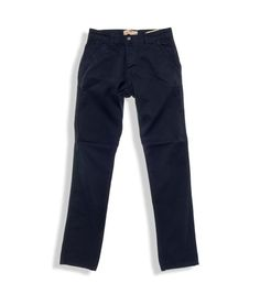 Παντελόνια chinos regular fit κατασκευασμένα από ανθεκτικό soft-touch ύφασμα διαθέσιμο σε 4 υπέροχες χειμωνιάτικες αποχρώσεις μπλε, πράσινο, μπορντό και καφέ. Το παντελόνι συνοδεύεται από ζωνάκι δερματίνης . Τα παντελόνια chinos είναι το... China, Skinny Jeans, Mens Fashion, Pants, Moda Masculina, Trouser Pants, Man Fashion, Women Pants, Men's Fashion