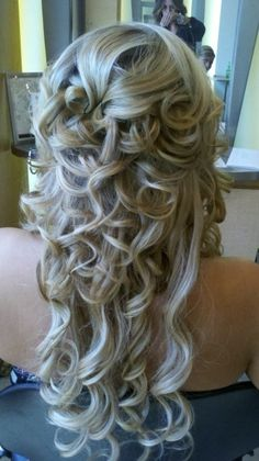Beautiful bridal hair lovin it :) wish i could see the front aswell Up Hairstyles, Pretty Hairstyles, Wedding Hairstyles, Bridesmaid Hair, Prom Hair, Homecoming Hair, Bridal Hair And Makeup, Hair Makeup, Great Hair