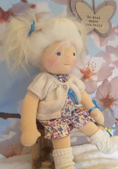 https://www.etsy.com/nl/listing/271022124/waldorf-doll-emmelie