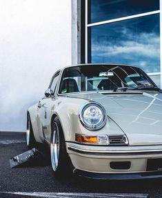 #Singer #Porsche