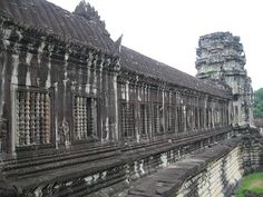 ) Angkor wat, Cambodia