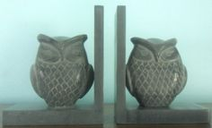 Gorgeous Owl Bookends. I really want them but have no room on my bookshelves...