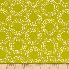 Shape of Spring Organic Full Circle Grass from @fabricdotcom  Designed by Eloise Renouf for Cloud 9, this GOTS Certified organic cotton fabric is perfect for quilting, apparel and home decor accents.  Colors include citron and white.