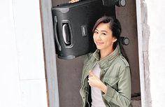 Nancy Wu invited close friends and boyfriend Terry Chan to her home on Chinese New Year for a home-cooked meal.