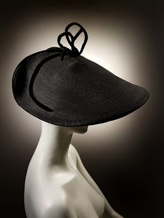 Black straw hat with wired velvet bow Designed by Otto Lucas Straw and velvet London, England 1954 Given by Mr Robin Allanson Museum no. 1950s Fashion, Vintage Fashion, Victorian Fashion, Fashion Fashion, High Fashion, Otto Lucas, Caroline Reboux, Hats For Women, T Shirts For Women