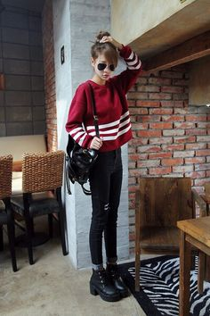 korean fashion casual street sweater maroon red jeans black bun sunglasses bag white