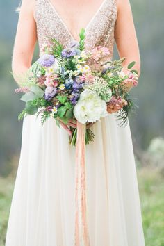 Romantic spring medley | Photography: Erin L. Taylor - www.erinltaylorphotography.com