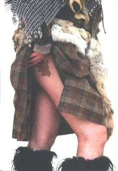 I WANT this man! Scottish Man, Scottish Tartans, Scottish Kilts, Scottish Plaid, Under The Kilt, Tweed, Men In Kilts, Komplette Outfits, Gorgeous Men