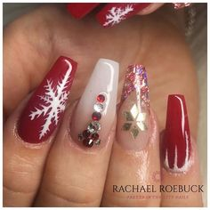 Pretty In The City (@pretty_in_the_city_nails) • Instagram photos and videos Christmas Nail Designs, Christmas Nails, Acrylic Nail Designs, Acrylic Nails, City Nails, Nails Magazine, Winter Nails, Nails On Fleek, Nail Arts
