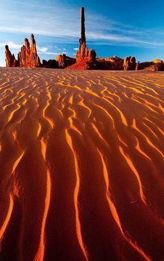 Totem Pole Dunes , Arizona