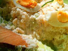 Sałatka z ryżem i ogórkiem
