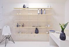 Edgy porcelaine studio and shop