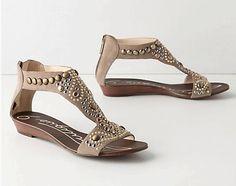 Embellished Flat Sandals Hottest Summer Sandals for Women