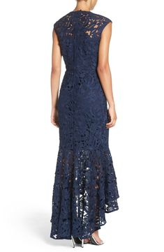 New crochet lace clothing products ideas Mother Of The Bride Dresses Long, Mothers Dresses, Lace Outfit, Lace Dress, Mob Dresses, Fashion Dresses, Dance Dresses, Elegant Dresses, Beautiful Dresses