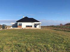 Projekt domu HomeKoncept-31 142,19 m2 - koszt budowy - EXTRADOM Custom Built Homes, Villa Design, Home Fashion, Planer, House Plans, Cabin, How To Plan, House Styles, Building