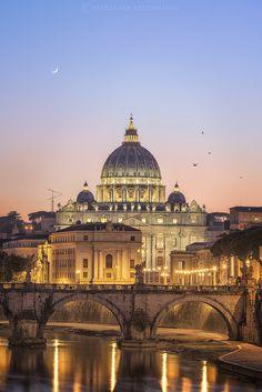 https://flic.kr/p/vo6boM | Vatican Glow | Italy 2015