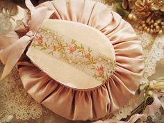 フランス、イギリスのアンティーク、常時1000点以上の品揃え♪バラと天使のロマンチックなアンティークが盛りだくさん♪