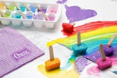 These painting techniques will encourage kids to focus more on the process, than the outcome. Here are 12 Painting Styles Your Kids Will Enjoy! It'll be fun and messy!