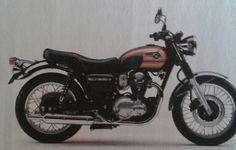 Moto Kawasaki W800 Final Edition -Motore: bicilindrico parallelo raffreddato ad aria di 773 cc  - Potenza a coppia: 48 cv a 6500 giri, 60 Nm a 2500 giri - Dimensioni e peso: lunghezza 2180 mm,larghezza e altezza sella 790 mm, peso 216 kg. € 8790.