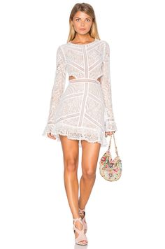 For Love & Lemons Emerie Cut Out Dress in 화이트 | REVOLVE