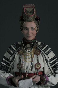 Россия. Женская вышитая рубашка. Белгородская область.
