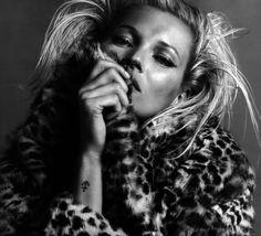 Kate Moss en revista Vogue (Paris) edición de Octubre