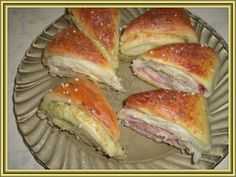 Druh receptu: Sladkosti - Page 41 of 329 - Mňamky-Recepty. Slovak Recipes, Czech Recipes, Russian Recipes, Salty Foods, Holiday Appetizers, Food Dishes, Food To Make, Food And Drink, Cooking Recipes