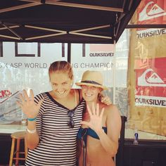 #5steph #quikusa Steph & I at the #usopenofsurfing! ! Come on Bob...This has got to be a winner:)