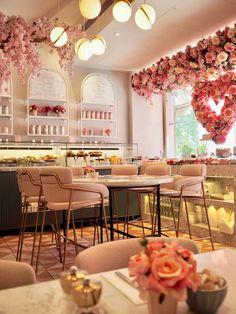 Die bekanntesten Cafés in London - Dainty Dress Diaries - Cafe decor - Dekoration Cake Shop Interior, Bakery Interior, Salon Interior Design, Interior Design Photos, Restaurant Interior Design, Home Interior, Interior Ideas, Cake Shop Design, Coffee Shop Design