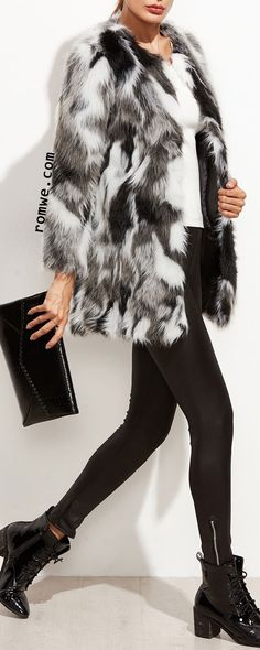 Faux Fur Open Front Fuzzy Coat keep the rest of the outfit simple the coat is the center piece pants and shirt keep it a solid color avoid patterns Fur Fashion, Diva Fashion, Fashion Week, Fashion Clothes, Fashion Outfits, Fashion Trends, Fashion Details, Casual Chic, Moda Outfits