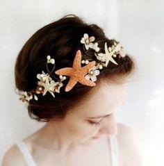 hair for a beach wedding