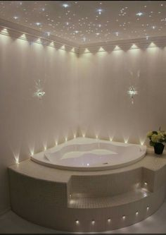 Jacuzzi tub with star ceiling. Jacuzzi Bathroom, Bathtub Decor, Bathroom Lighting, Bathroom Tubs, Apartment Bathroom Design, Bathroom Interior, Dream Bathrooms, Beautiful Bathrooms, Modern Bathrooms