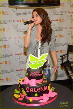 Selena Gomez: Kmart 'Dream Out Loud' Collection Launch | selena gomez kmart dream out loud collection launch 06 - Photo