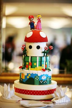 Super Mario Brothers! Great Grooms cake idea.