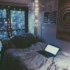Image via We Heart It https://weheartit.com/entry/171454895/via/31628524 #beautiful #cute #Dream #hipster #inspiration #laptop #light #night #room #tumblr #sweetdreams #roominspiration #tumblrroom #gipser #caro6453