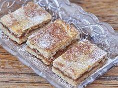 Křehký koláč s jablky — Kluci v akci — Česká televize French Toast, Cooking Recipes, Treats, Breakfast, Sweet, Food, Fitness, Pineapple, Sweet Like Candy