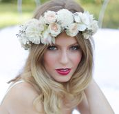 White and cream flower crown  Head wreath for photo shoot  Modern, fairy, nymph  carlycylinder.com